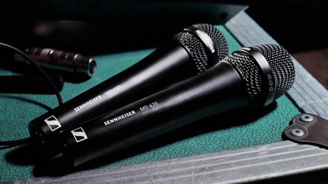 Sennheiser MD435 : Le fameux son de la capsule MD 9235 avec un microphone filaire © DR